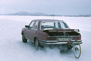 Dès les années 70, Mercedes et Bosch ont multiplié les expérimentations.
