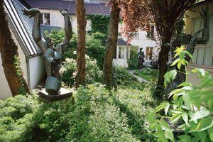 L'atelier-musée Zadkine (VIe) conserve denombreuses œuvres du sculpteur.