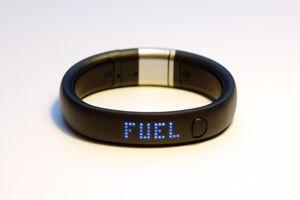 Le bracelet connectée Nike +Fuelband SE