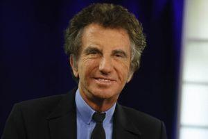 Jack Lang, ancien ministre et actuel président de l'Institut du Monde Arabe, devenu officier. Paul DELORT / Le Figaro
