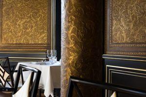 Le restaurant tapissé de cuir de Cordoue.