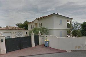 Villa déclarée comme permanence sur le site de l'Assemblée nationale par le député UMP George Ginesta, à Saint-Raphaël dans le Var.