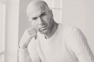 Le rasage complet adopté par Zinédine Zidane. (Crédit photo: Mango Man)