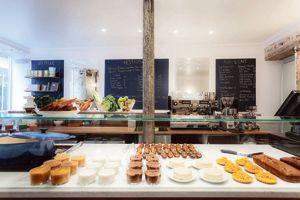 Café Pinson propose une cuisine végétarienne aux accents world.