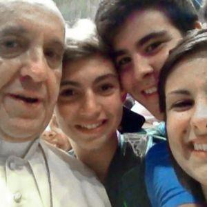 L'autre versant du «selfie papal».