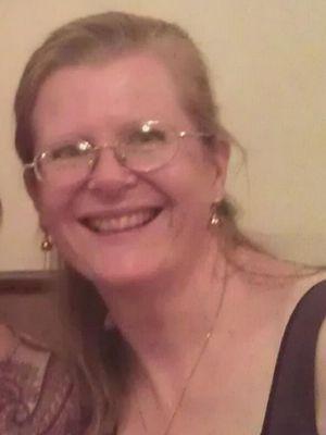 La photo d'Ingrid Loyau-Kennett, qui a parlé avec les meurtriers, a été relayée par son fils sur Twitter.