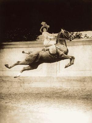 <i>Le saut plané ou cabriole</i>, J. Delton, Blanche allarty, (1911).