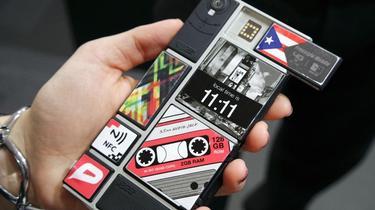 Cinq smartphones hors du commun