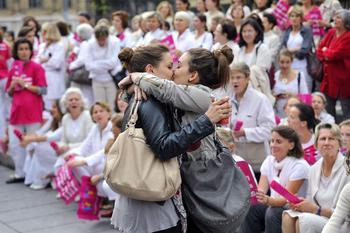 rencontre gay paris 9 à Saint Priest