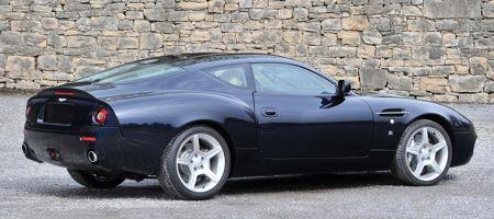 Revisitée par Zagato, la DB7 voit sa longueur réduite de 151 mm.