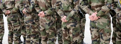 À la diète, les armées perdront 7500 postes en 2015