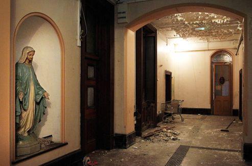 L'intérieur, aujourd'hui en décrépitude, d'un ancien couvent impliqué dans l'affaire.