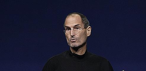 Les réseaux sociaux croulent sous les réactions à Steve Jobs