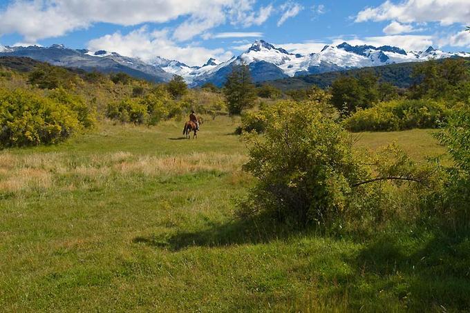A deux heures et demie de vol de Santiago du Chili, la région d'Aisén révèle des paysages d'une rare pureté, que l'on peut explorer lors de promenades à cheval.