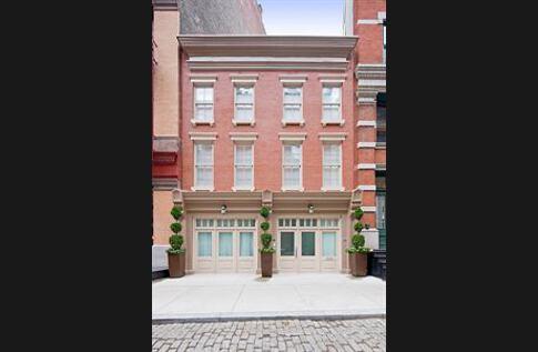 Dans le quartier chic de TriBeCa à Manhattan, la location de cette demeure coûtera 50.000 dollars par mois au couple Strauss-Kahn-Sinclair.