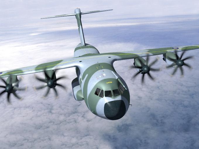 <b>L'A400M d'Airbus</b><br/>Le nouvel appareil de transport militaire de l'avionneur européen est exposé pour la première fois dans un salon international. Signé en 2003 par sept pays de l'OTAN, dont la France et l'Allemagne, le programme vise à renouveler la flotte de transport militaire. <a href=