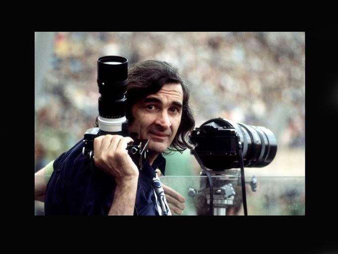 <b>Portrait de Goskin Sipahioglu aux JO de Munich en 1972</b><br/>Né le 28 décembre 1926 à Izmir, en Turquie, Göksin Sipahioglu a été longtemps correspondant pour le quotidien turc <i>Hürriyet</i> avant de fonder Sipa en 1973, l'une des trois grandes agences de photojournalisme, avec Gamma et Sygma.<br/>