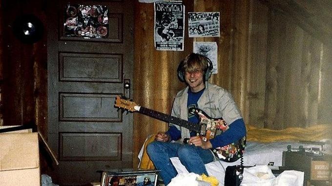 Kurt Cobain dans sa chambre. (Crédits photo: AP Photo/Courtesy Kim Cobain)