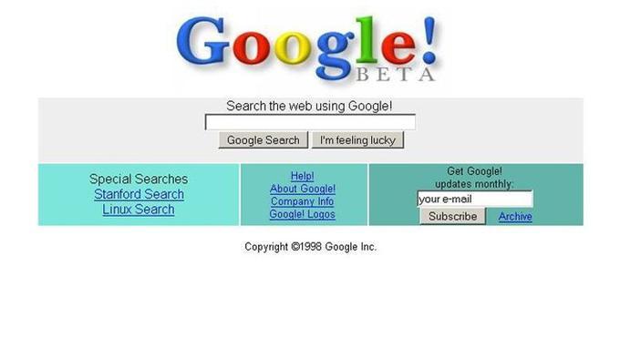 Voici la toute première version mise en ligne du célèbre moteur de recherche Google. Le nom «Google» vient du terme mathématique gogol qui exprime un nombre commençant par le chiffre 1 suivi de cent zéros.