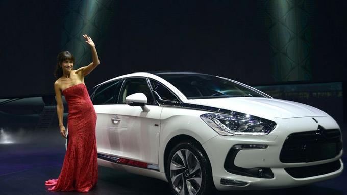 «J'adore les voitures et la sensation de liberté que la conduite procure», s'est exclamée Sophie Marceau.