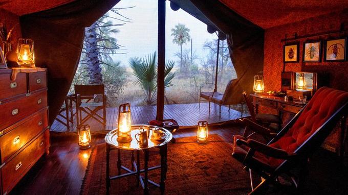 Une tente du Jack's Camp. Une atmosphère intime qui évoque avec nostalgie l'ère des pionniers du safari.