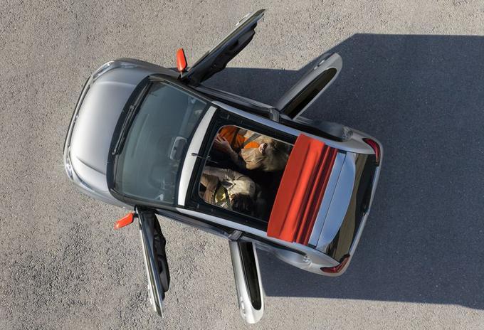 En version Airscape, la C1 sera dotée d'un toit en toile découvrable électriquement.