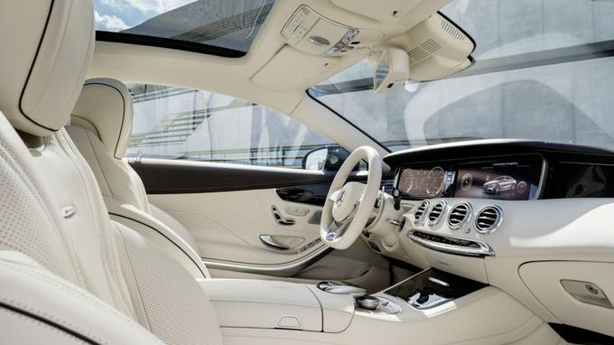 L'habitacle de la S 65 Coupé AMG est une merveille de raffinement.
