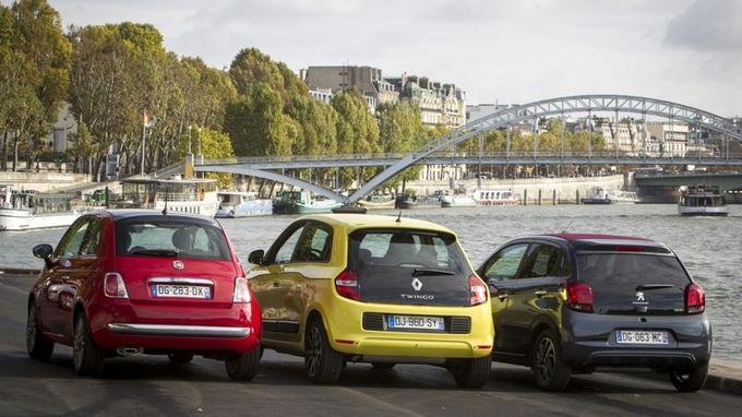 3 portes et moteur avant pour la Fiat 500, 5 portes et moteur avant pour la Peugeot 108 et 5 portes et moteur arrière pour la Renault Twingo.