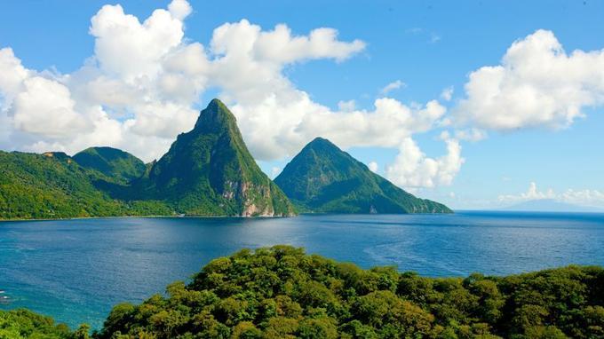 Les pitons de Sainte-Lucie. (Office du tourisme de Sainte-Lucie)