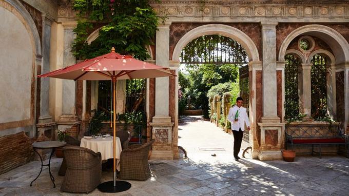 Le Palazzo Margherita situé à Bernalda est le dernier opus dans la collection de boutiques-hôtels du cinéaste Francis Ford Coppola.