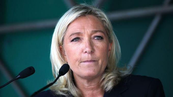 Marine Le Pen arrive en tête des sondages pour les prochaines départementales.