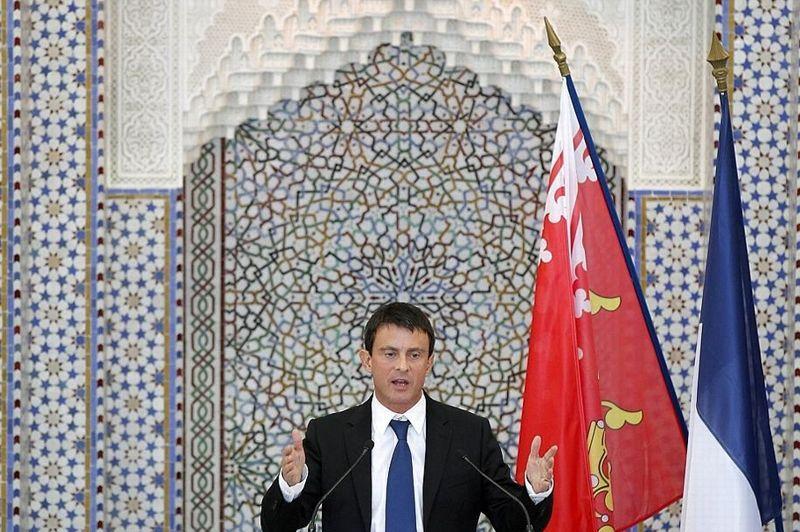 À l' occasion de l'inauguration de la Grande mosquée de Strasbourg, le ministre de l'Intérieur, Manuel Valls, a déclaré qu'il était temps que l'islam de France «prenne pleinement ses responsabilités et s'organise» avec l'État pour traiter des «vrais problèmes».