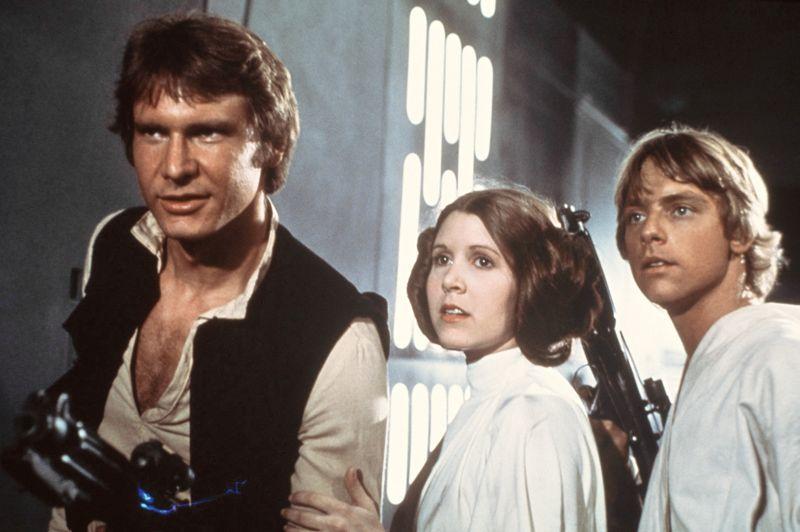 <b>787 millions de dollars (609 millions d'euros)</b> - C'est le bénéfice record enregistré par les producteurs suite à la sortie en salle du premier épisode de la saga en 1977. Avec un budget de seulement 11 millions de dollars (8,5 millions d'euros), <i>Star Wars: Episode IV - A New Hope</i> récolte 798 millions de dollars (617 millions d'euros).