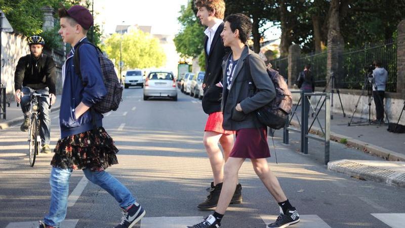 Bravé Lycéens JupeÀ AngersCertains FroidNantes Le Ont En UzMGqpSV