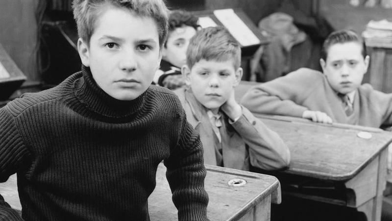 Captivant Jean Pierre Léaud Et François Truffaut Sur Le Tournage De U003ciu003eDomicil  Conjugal U003c/iu003ede François Truffaut, 1970. François Truffaut Dans U003ciu003eLa  Chambre Verteu003c/iu003e ...
