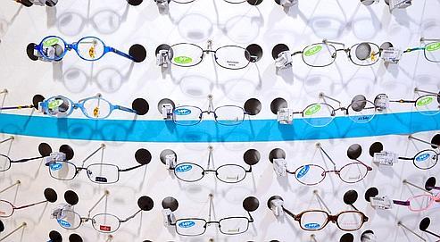 d15cbbd59cf938 Batailles autour des lunettes sur Internet