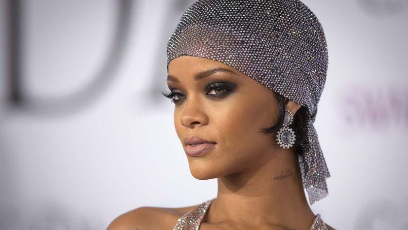qui est Rihanna datant en ce moment 2014Hudson Bay point couverture datant