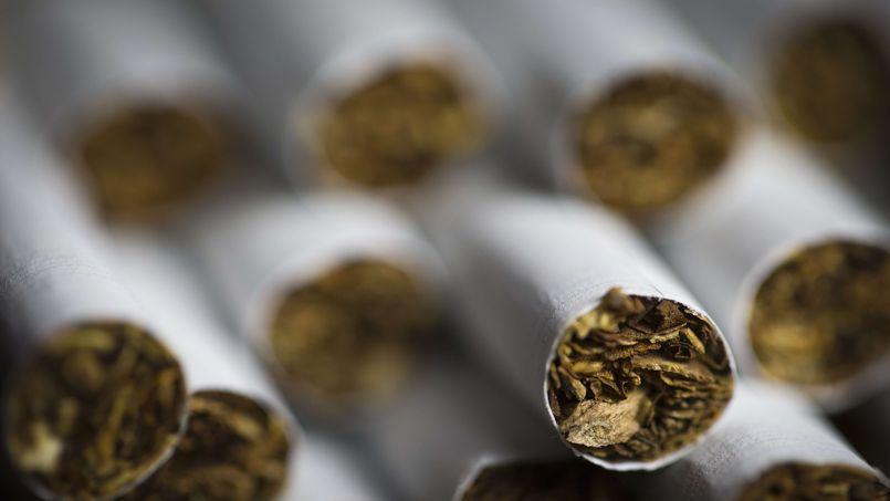 Adamas Cigarettes la guerre contre le tabac en cinq dates clés