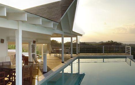 louer une maison de r ve pour l 39 t. Black Bedroom Furniture Sets. Home Design Ideas