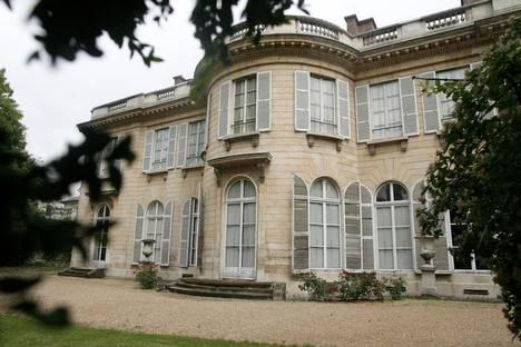 Des joyaux de l'architecture parisienne galvaudés 20070530.FIG000000001_4754_1