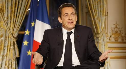 Nicolas Sarkozy a annoncé qu'il réunirait à l'Élysée, mi-décembre, l'ensemble des partenaires sociaux afin de définir «l'agenda social de 2008».