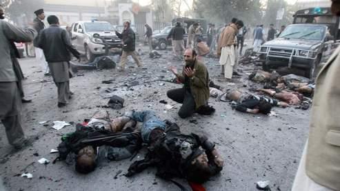La scène de l'attaque suicide qui a couté la vie à Benazir Bhutto. Crédits photo : AFP