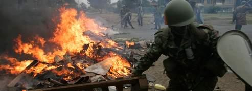 Le Kenya dans la violence 19a62fce-b775-11dc-9122-d0afe3a7b179