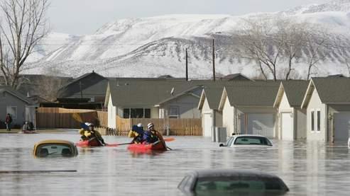 Violente tempête sur la côte ouest américaine dans economie 7652913a-bc6c-11dc-aaab-0a6c6daefab8