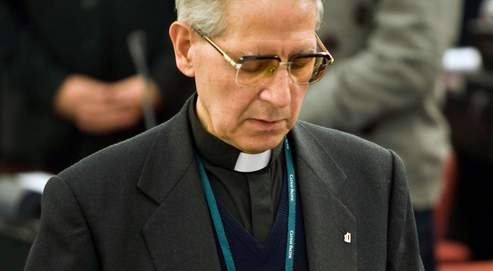 Comme ses deux prédécesseurs, Adolfo Nicolas est un Européen formé en Orient.
