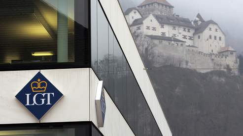 La banque LGT, propriété de la famille princière, est au coeur du scandale depuis que l'un de ses employés a vendu des fichiers confidentiels aux services fiscaux européens.