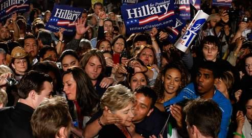 En campagne au Texas, Hillary Clinton sait qu'elle joue l'une de ses dernières cartes, mardi.