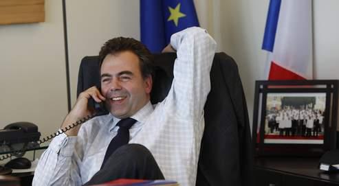 Le Figaro - Politique : LUC CHATEL, de l'ombre à la lumière