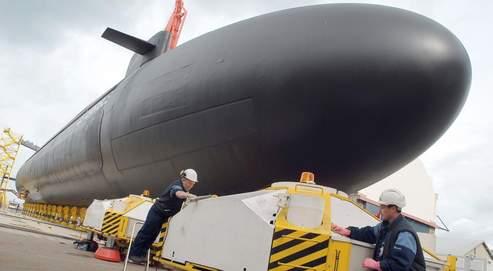 Le sous-marin nucléaire lanceur d'engins, le Terrible, ici en cale sèche à Cherbourg, est inauguré vendredi par le président de la République. Il sera opérationnel en 2010.