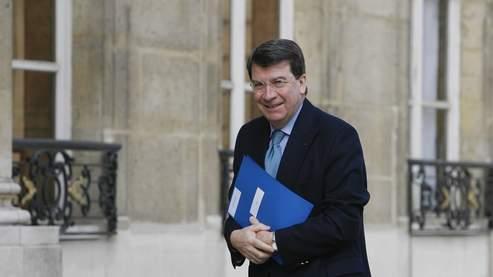 Pas question de céder , Xavier Darcos le confirme à Strasbourg dans Pol-Actualite et Politique. 383e6c94-0a4f-11dd-ab82-a7091e12da2e